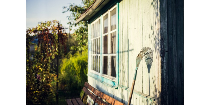 How to Care for Exterior Wood in Summer