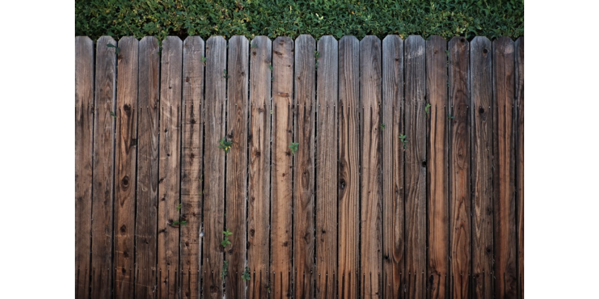 How to Protect Fences From Rotting